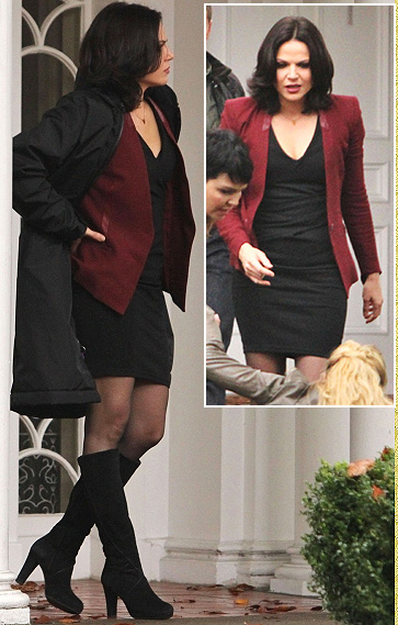 Regina's burgundy blazer on Once Upon A Time