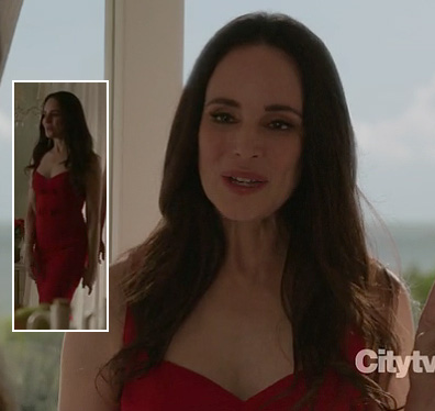 Victoria's red bow front dress on Revenge