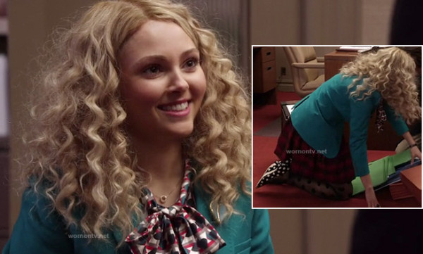 Carrie's teal blazer, red plaid skirt, polka dot tights and polka dot kitten heels on The Carrie Diaries