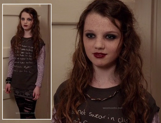 Dorrit's must not swear in class tshirt on The Carrie Diaries