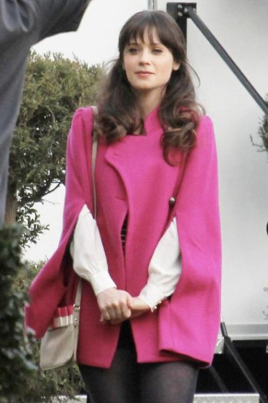 Jess Days pink cape and bow bag on New Girl