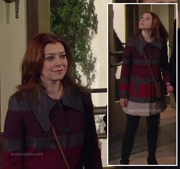 Lily's grey and purple colorblock coat on HIMYM
