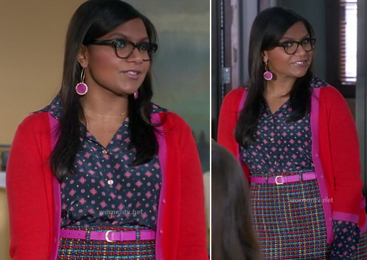 Mindy's tweed skirt and pink earrings on The Mindy Project