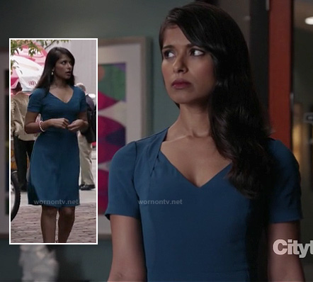 Padma's teal blue v-neck dress on Revenge