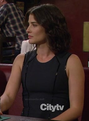 Robin's black dress with leather piping on How I Met Your Mother