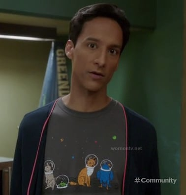 Abeds animal shirt with space helmets on Changnesia ep of Community