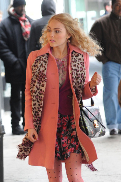 Carrie's light pink coat on The Carrie Diaries