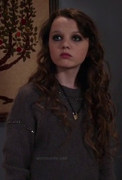 Dorrit's grey chain details sweater on The Carrie Diaries