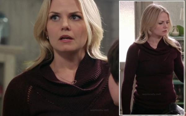 Emma's dark red cowl neck sweater on OUAT