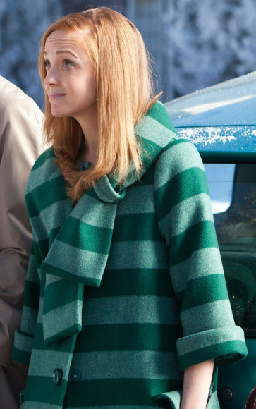 Emma Pillsbury's green striped coat on Glee