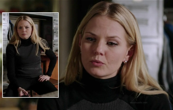 Emma's black and grey contrast sweater on OUAT