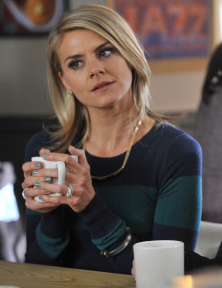 Jane's teal and navy striped sweater on Happy Endings