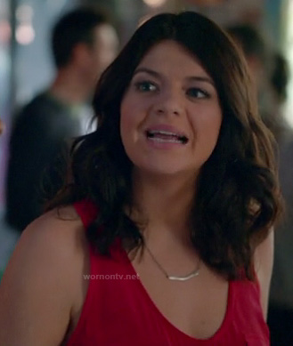 Penny's red tank top on Happy Endings