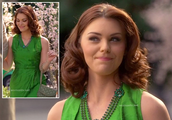 AnnaBeth's kelly green belted dress on Hart of Dixie