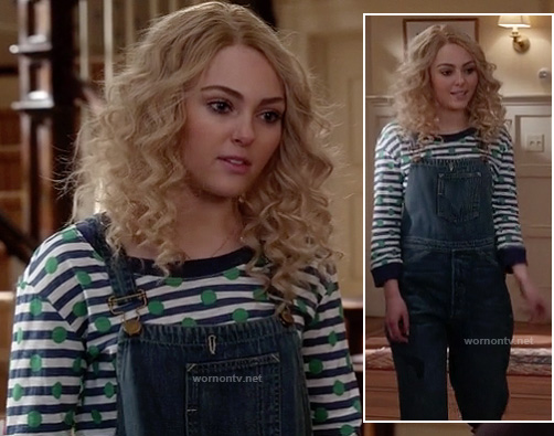 Carrie's denim overalls and striped/polka dot top on The Carrie Diaries