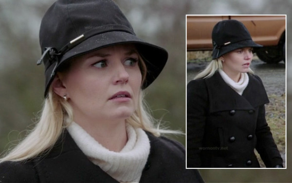Emma Swans black hat on OUAT