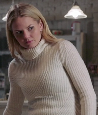 Emma's white ribbed turtleneck sweater on Once Upon a Time