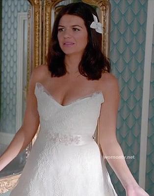 Penny's wedding dress on Happy Endings