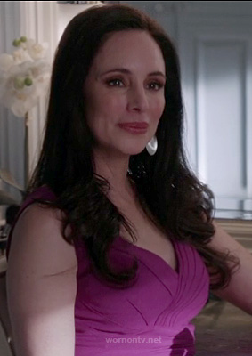 Victoria's magenta pink v-neck dress on Revenge