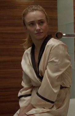 Juliette's cream and black contrast trim bath robe on Nashville