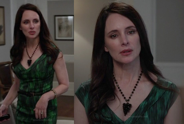Victoria's green printed  belted dress on Revenge