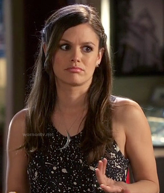Zoe's black and white paint splatter print dress with crescent necklace on Hart of Dixie