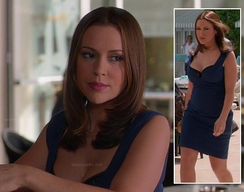 Alyssa Milano's blue dress on the Mistresses pilot