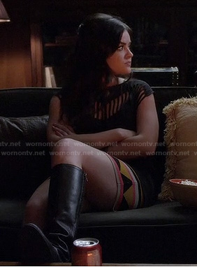 Aria's black string tee and boots on PLL