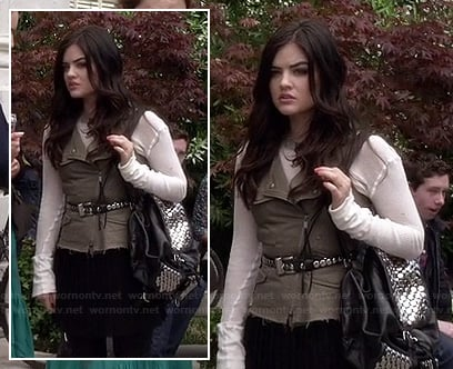 Aria's black studded backpack on PLL