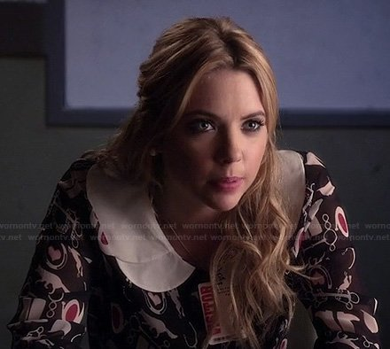 Hanna's graphic print top/dress with white peter pan collar on Pretty Little Liars