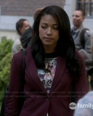 Lacey's burgundy blazer on Twisted