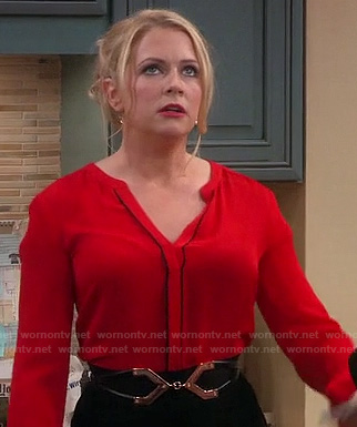 Melissa Joan Hart's red and black top on Melissa & Joey