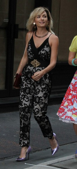 Samantha's black lace jumpsuit on The Carrie Diaries
