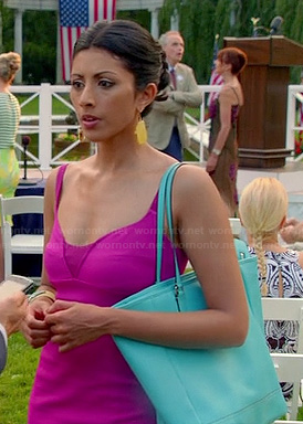 Divya's hot pink dress and turquoise blue bag on Royal Pains