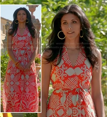 Divya's orange and white printed maxi dress on Royal Pains