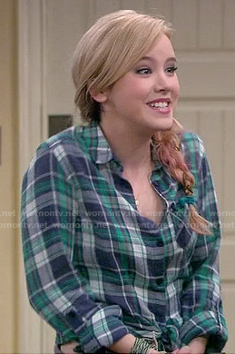 Lennox's blue/green plaid tie front shirt on Melissa and Joey