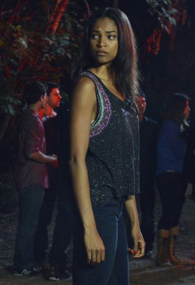 Shana's purple embroidered tank top on PLL