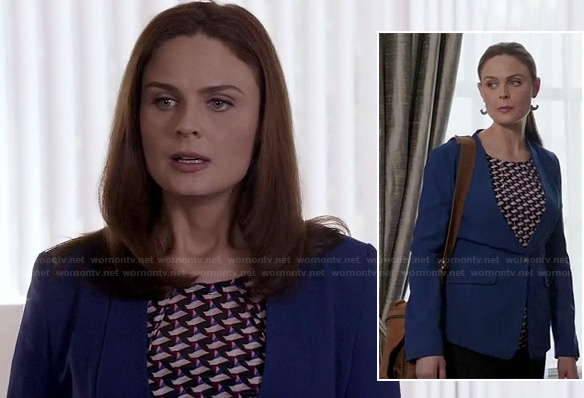 Bones's sail boat print blouse and blue blazer on Bones