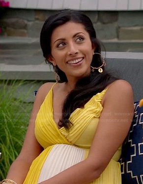 Divya's yellow and white pleated dress on Royal Pains