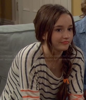 Eve's navy blue and red striped tee on Last Man Standing