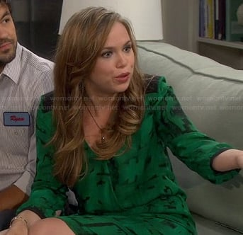 Kristin's green printed long sleeve dress on Last Man Standing