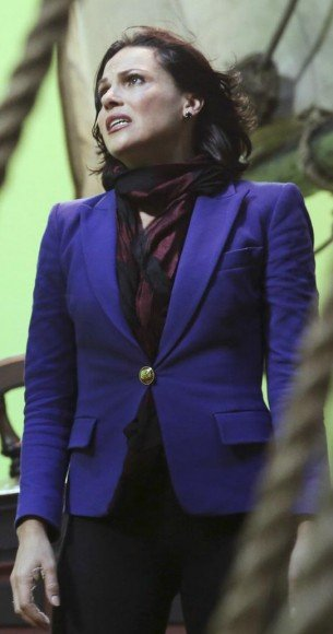 Regina's blue blazer on OUAT