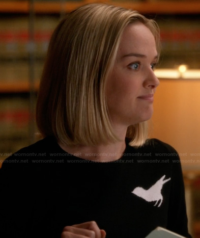 Robyn's black and white bird sweater on The Good Wife