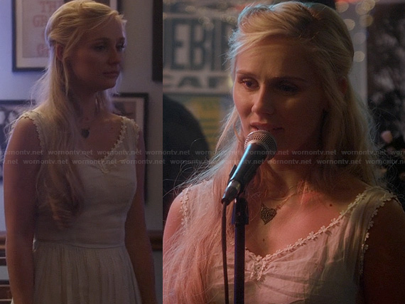 Scarlett's white cotton flower trim dress on Nashville