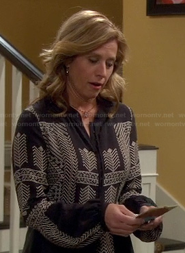 Vanessa's black and white arrow embroidered top on Last Man Standing