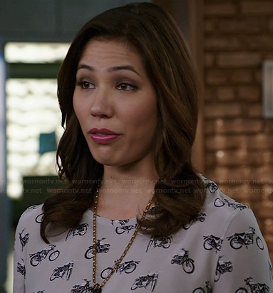Angela's motorbike print top on Bones