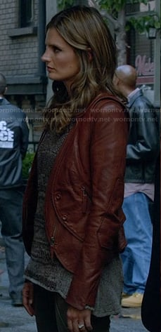 Beckett's tan cutaway leather jacket on Castle