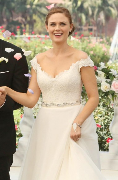 Emily Deschanel's wedding dress on Bones
