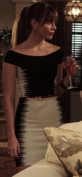 Charlotte's black and white spikey print dress on Revenge