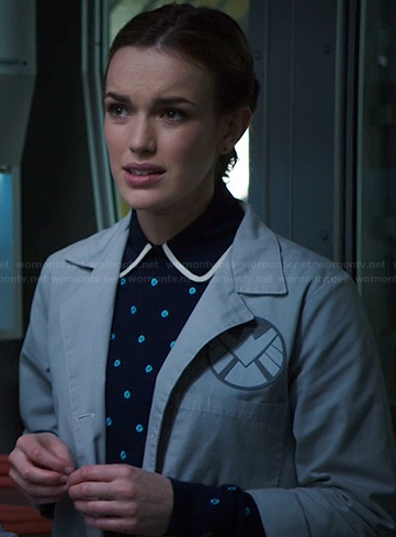 Jemma's navy and blue polka dot sweater on Agents of SHIELD